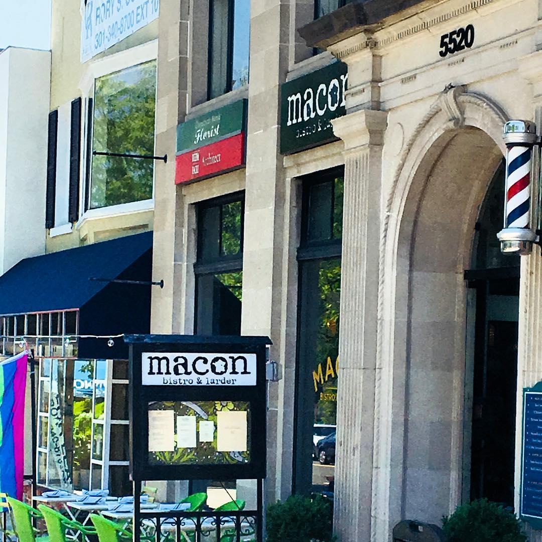 Instagram: Brunch = chix, waffles and mimosas, bonus deviled eggs ? ? @maconbistro #southern + #french ……………………………………………………………………….: #chevychase #washingtondc #dclife #brunch #Sunday #hot  #chickenandwaffles #wdc #chevychasedc #mimosas #delicious #brunchdate  #marriedtomedicine ???